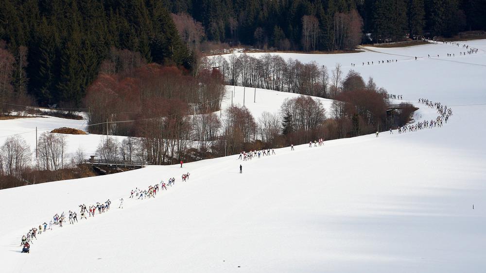 20.02.2011, Gsieser Tal Lauf St. Martin in Gsies, 42 Kilometer Skating Rennen, Hubschrauber-Bilder