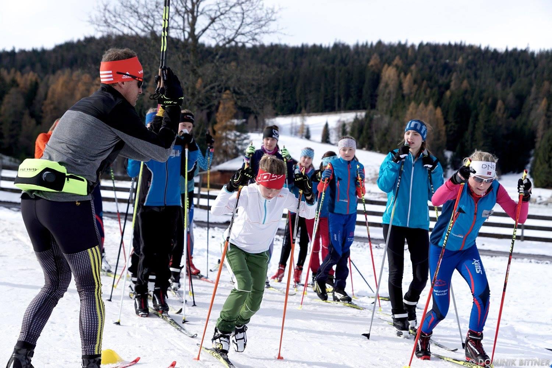 Winter Kick-Off: Tobias Angerer begeistert Skilanglaufnachwuchs auf Schnee - xc-ski.de