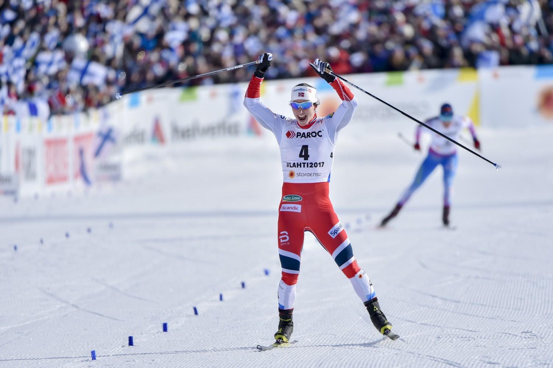 Nordische Ski-WM Lahti  Marit Bjørgen triumphiert vor Pärmäkoski ... 7d8c3b6344