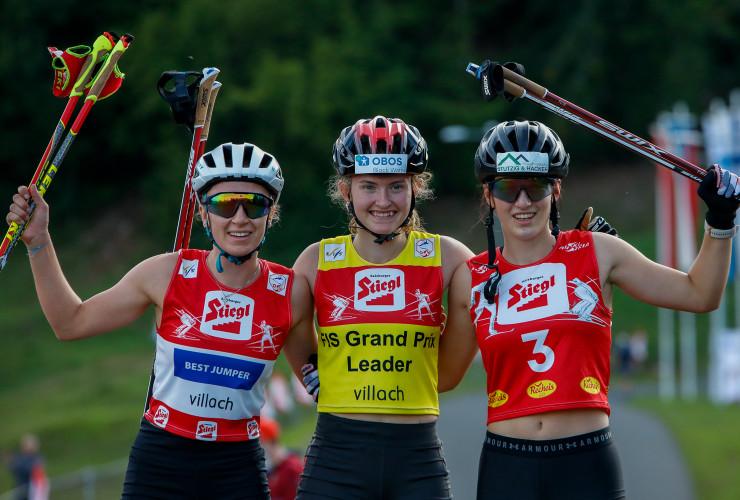 Das Podium der Damen: (l-r) Annalena Slamik (AUT), Gyda Westvold Hansen (NOR), Lisa Hirner (AUT).