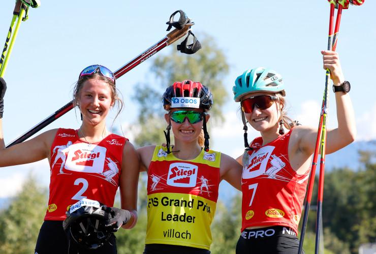 Die Tagessiegerinnen: (l-r) Annika Sieff (ITA), Gyda Westvold Hansen (NOR), Ema Volavsek (SLO)
